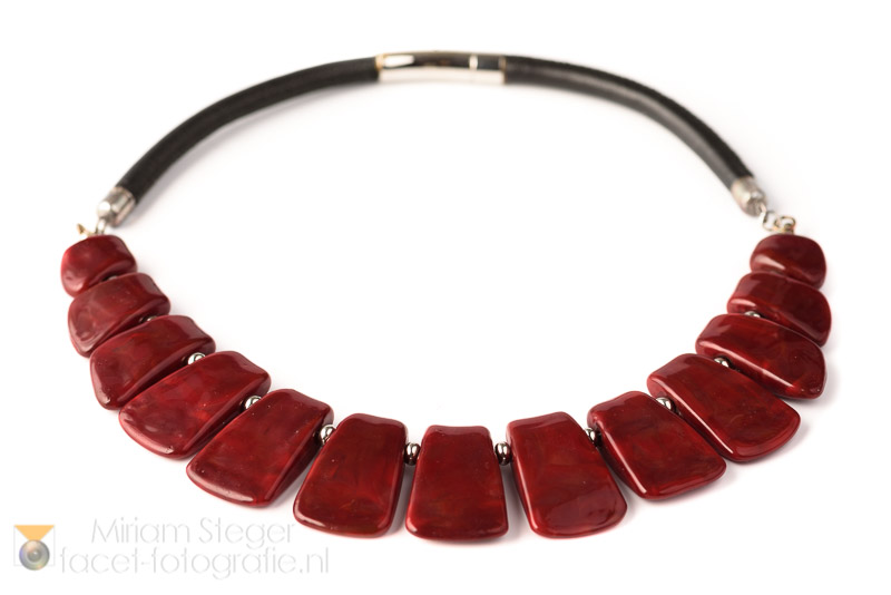 ketting anthea rood 01 resize